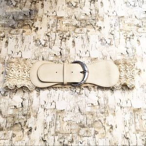 Lace and Ruffle Stretchy Accent Belt Cream Size 1X